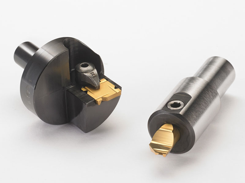 End machining tools for internal chamfering and external chamfering